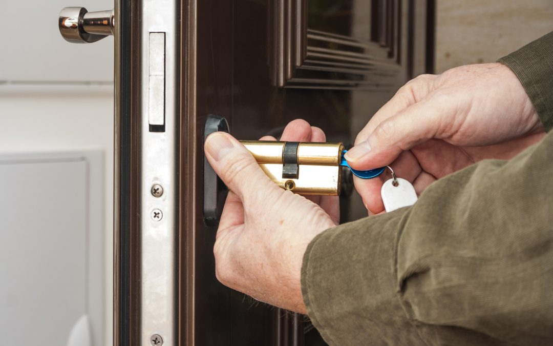 What Should You Expect When You Call a Locksmith?